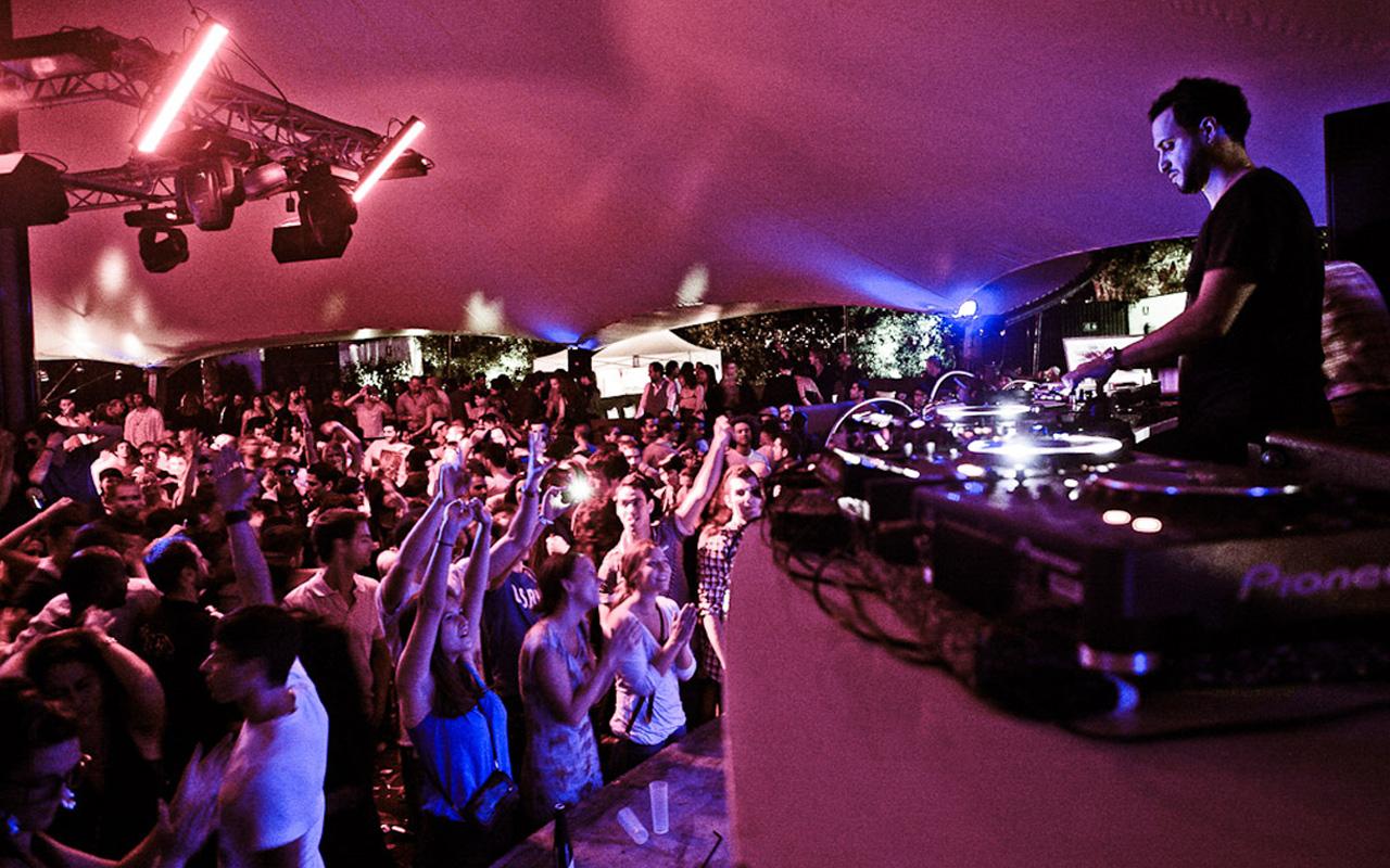 RA: Ghoa Beach Club - Barcelona nightclub