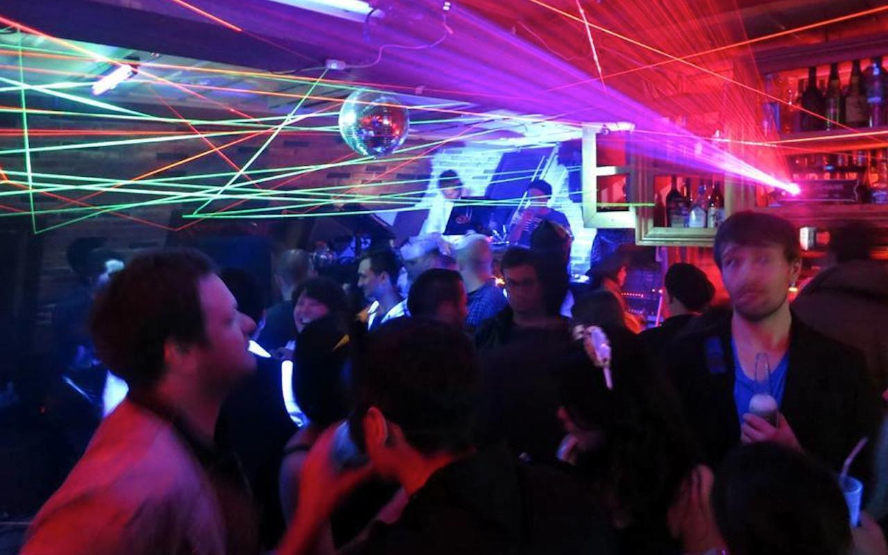 RA: Ruby Room - Tokyo nightclub