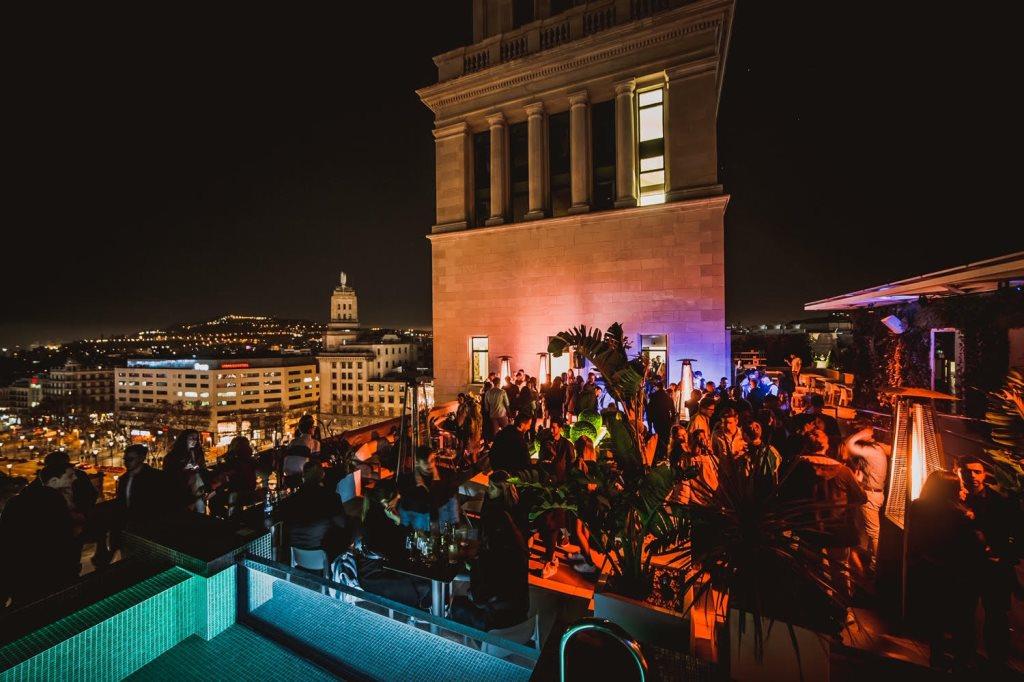 Ra Back On Top Rooftop Nightclub At Sky Bar Plaza De