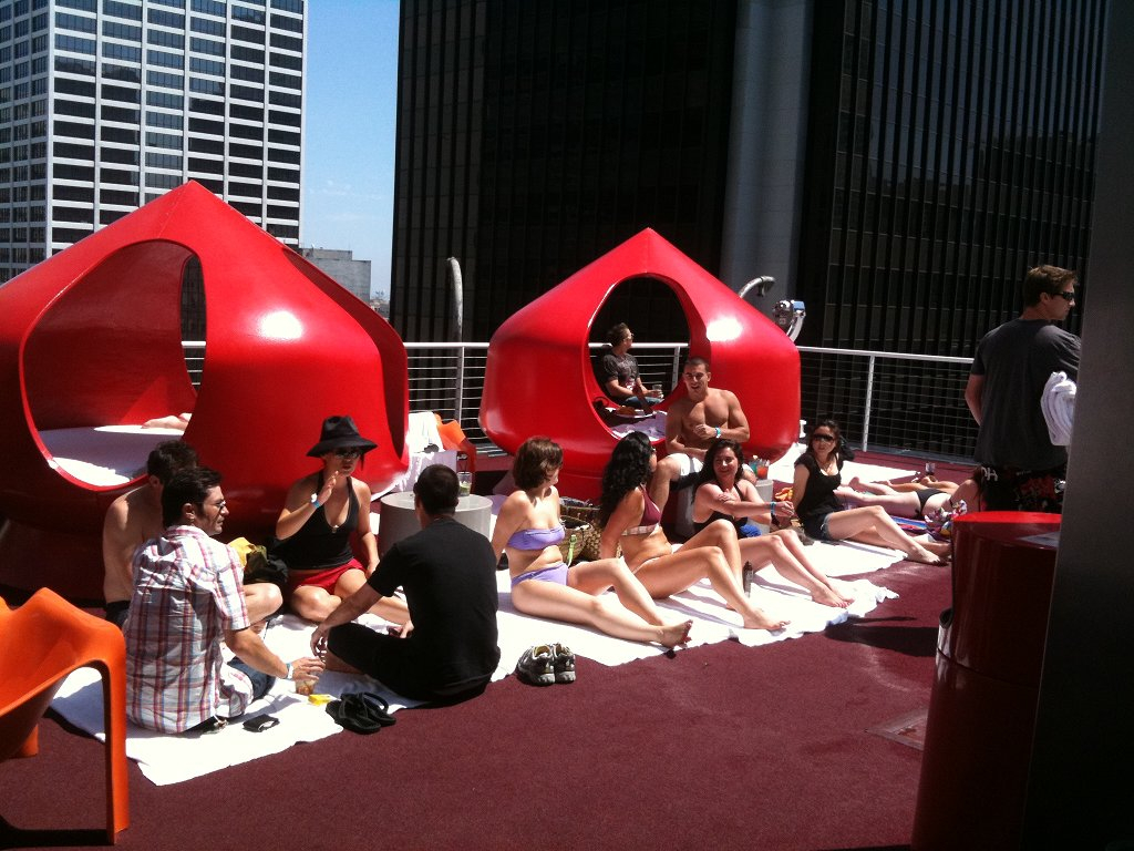 Ra Pool Party At Standard Rooftop With Vegas Celebrity Dj