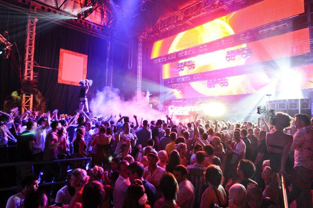 Ra Cream Bbc Radio 1 S Ibiza Weekend At Privilege Ibiza