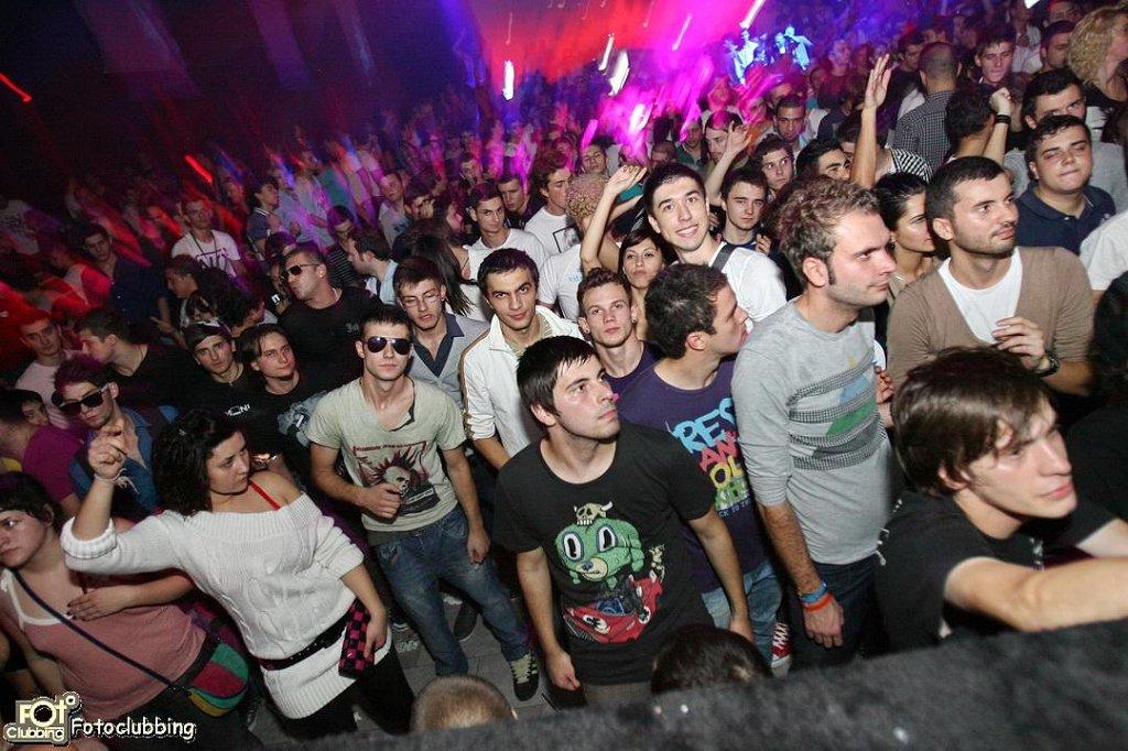RA: Magda at Kristal Glam Club, Bucharest (2011)