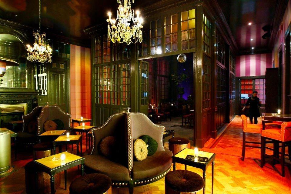 Ra leonardo vargas paula wapsas at boudoir lounge - Decoracion de pub ...