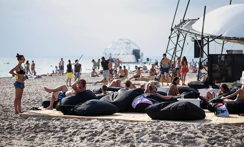 Girls nude sex beach Brazen moment