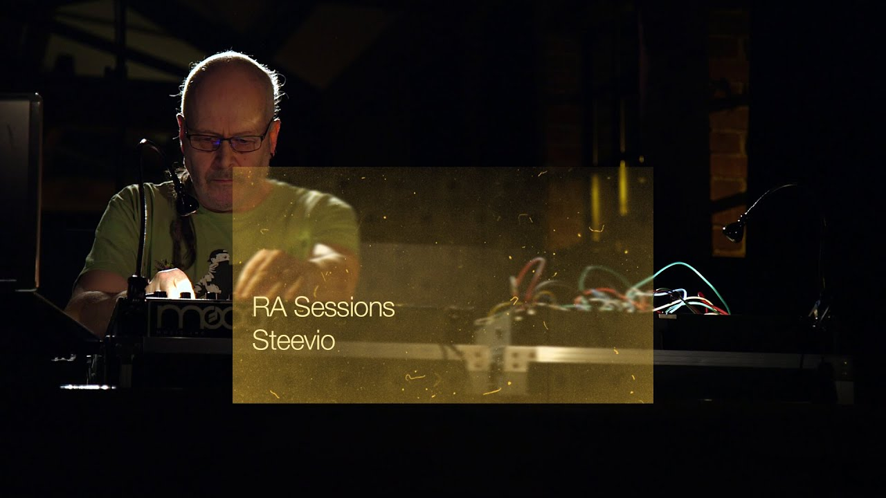 RA Sessions: Steevio