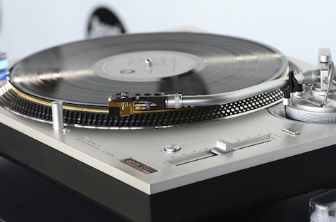 ra news panasonic sells out new technics turntables in 30 minutes