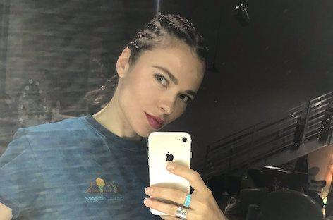 nina-kraviz-cornrows-selfie-cultural-app