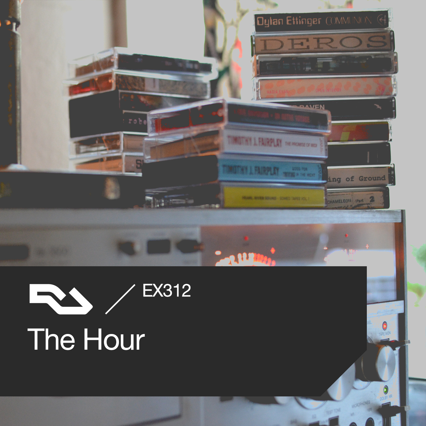 EX.312 The Hour: Al Capone, cassettes, RA roundtable