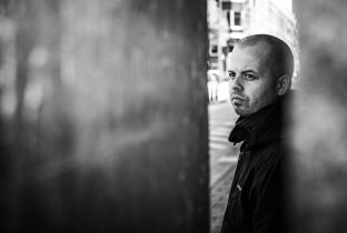 Download Bas Mooy songs