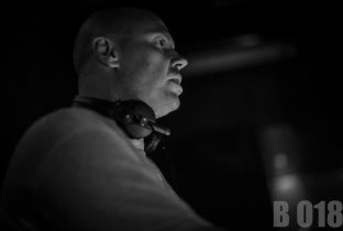 Download Dave Seaman songs