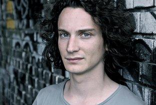 Fabian Dikof - Bleary Faces