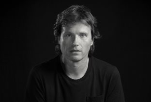 Download Hernan Cattaneo songs